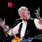 Randy Bachman Explains What To Do When A Fight Breaks Out In The Audience